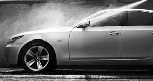Мойка автомобиля, какой шампунь выбрать? Чем вытереть автомобиль?